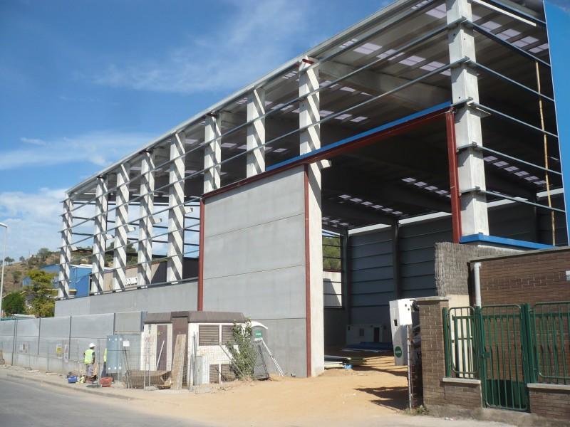 Construcci n nave industrial en molins de rei barcelona for Empresas de construccion en barcelona
